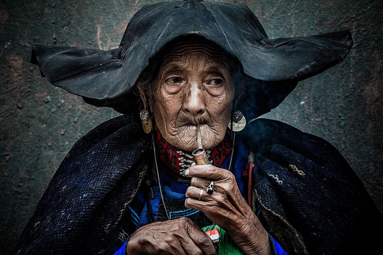 smoking an old woman