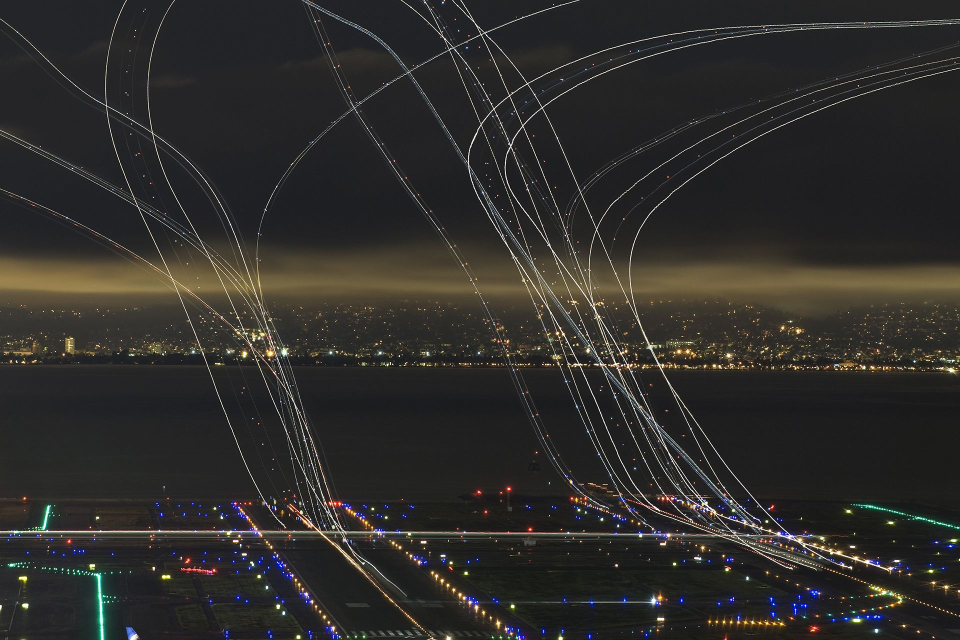 4 Hours of Air Traffic