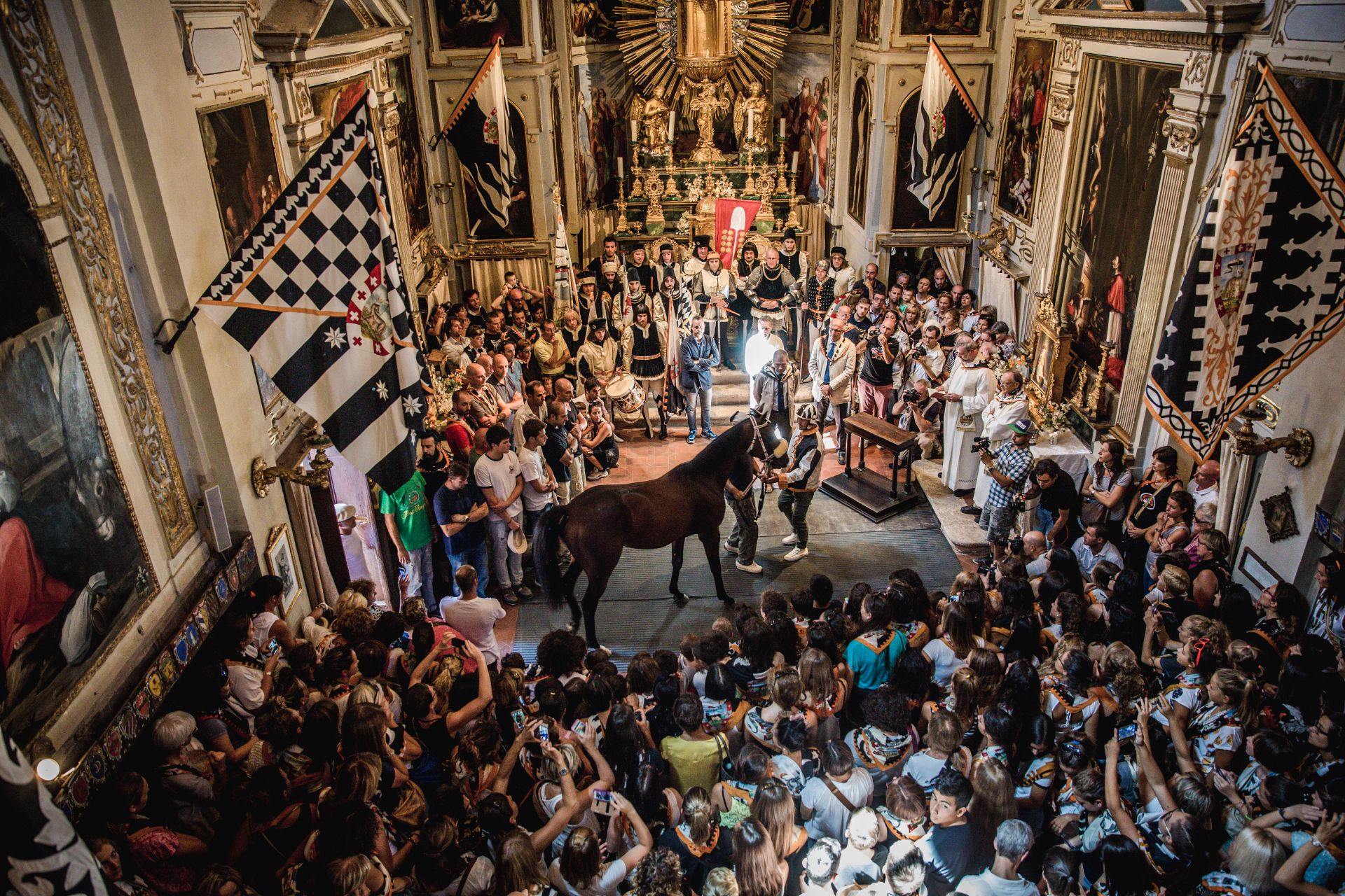 RELIGIOUS HORSE BENEDICTION IN SIENA